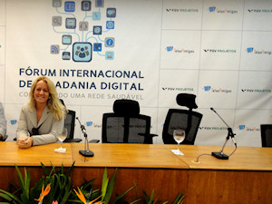 Forum Internacional de Cidadania Digital Gracielle Torres