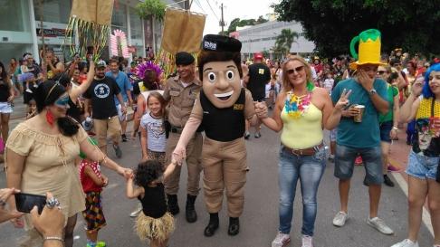 PM Amigo Legal e Proteja seu filho na Internet contra a exploração sexual no carnaval